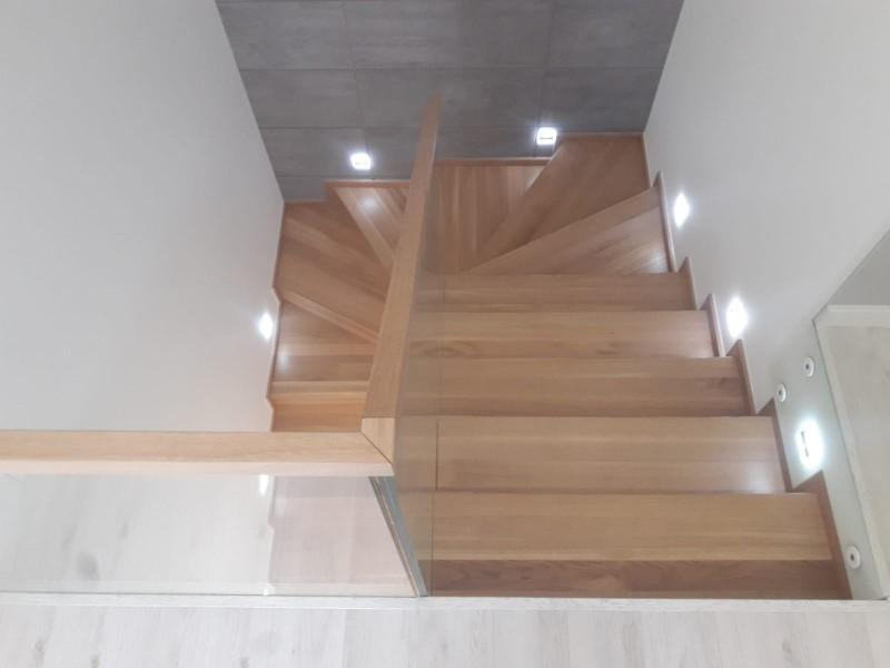 schody 11